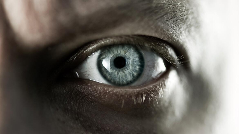 """Притча про Самовлюбленность, Богатство и Бессердечность... """"Стеклянный Глаз"""""""