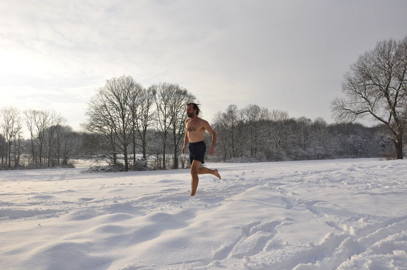 Вим Хоф - заполярный марафон в шортах