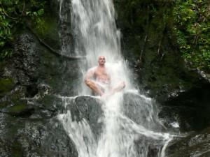 Первая ступень закаливания по Виму Хофу - холодный душ