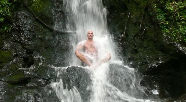 Холодный душ, как средство избавления от проблем
